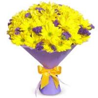 Kollase krüsanteemi 15tk. kimp+sinised lilled+kaunistus