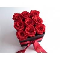 Punased roosid karbis 9-15 tk.